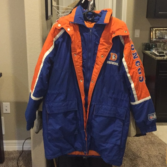 low priced 34a1a e6576 Vintage Denver Broncos Starter Winter Jacket